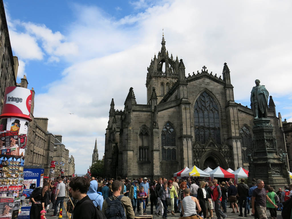 fringe central at the royal mile
