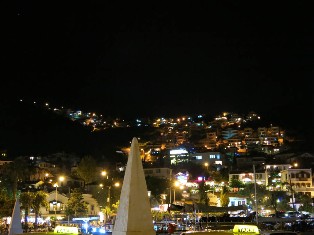 kas at night