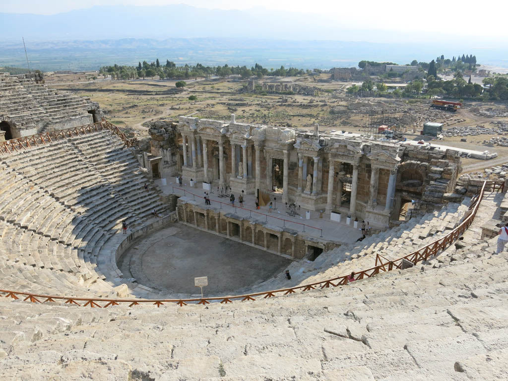 the amphitheatres keep getting bigger