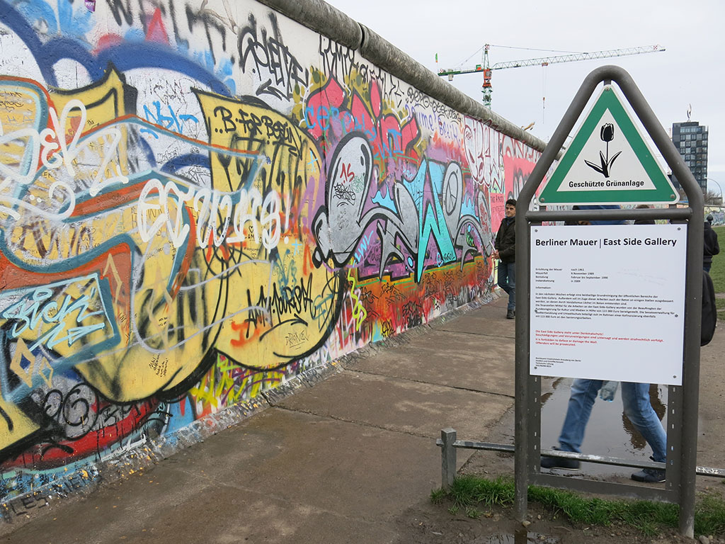 welcome to the east side gallery