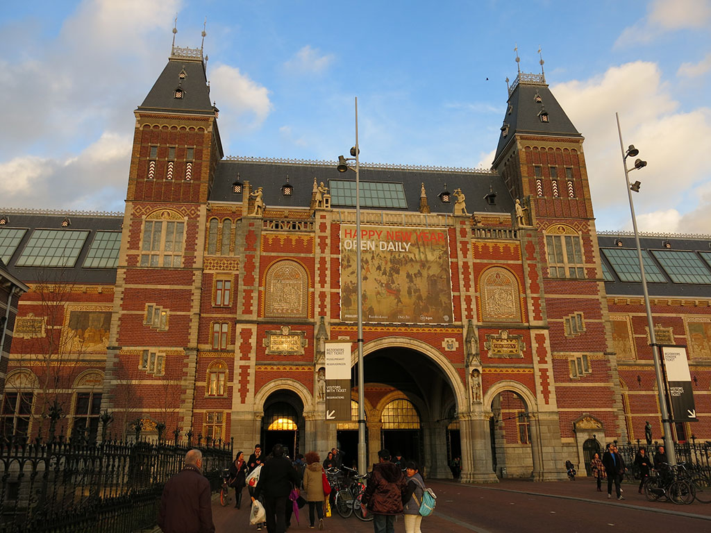 visiting the rijksmuseum
