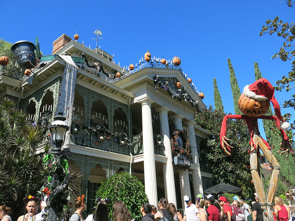 haunted mansion, halloween style